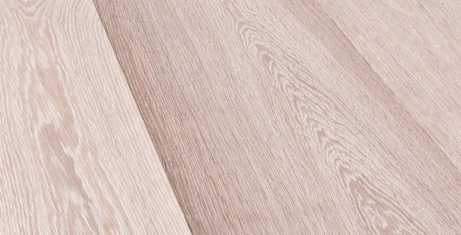 SELEKT - Holz mit ruhigem Erscheinungsbild